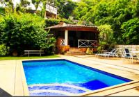 Com vista para a Lagoa, residência de alto padrão possui espaço gourmet