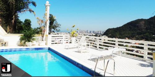 Maravilhosa mansão de cinco andares na Joatinga