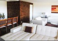 Apartamento de alto luxo, no condomínio Park Palace, possui vista para o mar