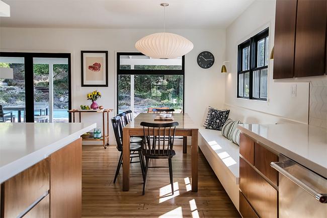 13-sala-de-jantar-integrada-mesa-com-banco