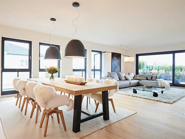 5-sala-de-janta-integrada-com-estar-pendentes-pretos-iguais