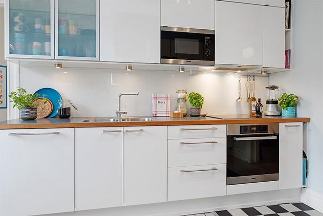 12-cozinha-grande-bancada-madeira