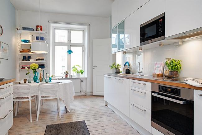 13-cozinha-grande-bancada-madeira