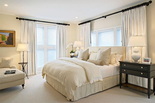 8-quarto-aconchegante-cortinas-e-almofadas-tons-neutros