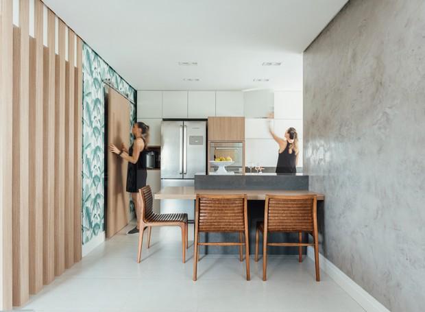 3 cozinha-copa-refeicoes-mesa-cadeira-bancada-armarios