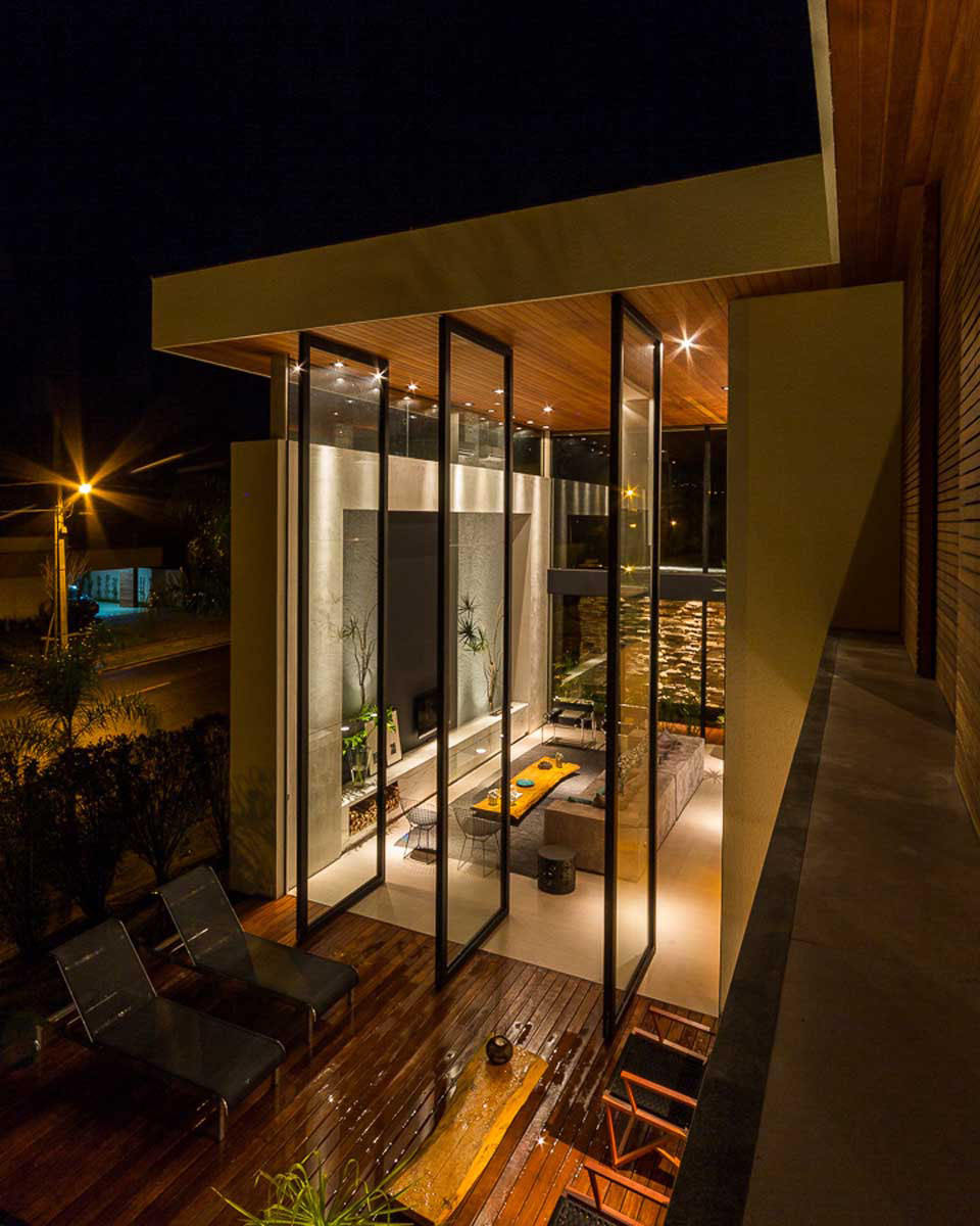 Modern-Brazilian-House-in-Londrina-by-Spagnuolo-Arquitetura-6